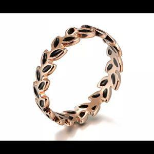Rose gold black enamel ring